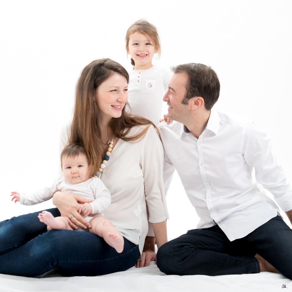 Photo de famille au studio ah! de nantes centre