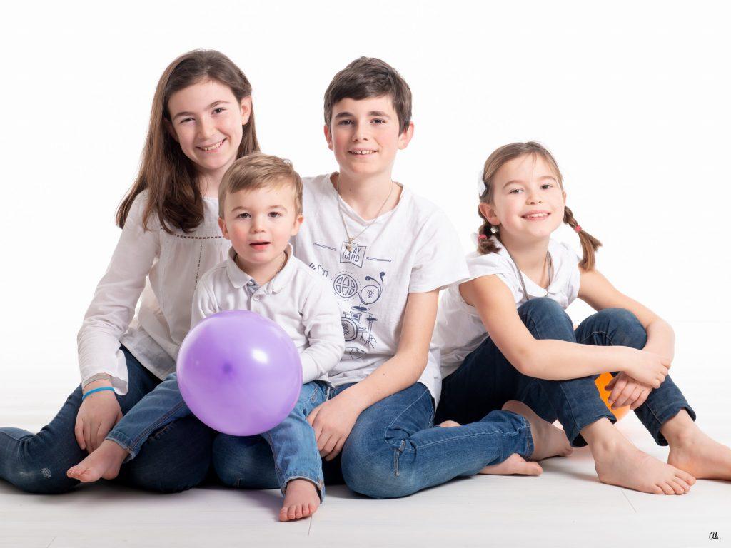 photo_de_famille_studio_nantes_©studioah_portrait_enfants-3